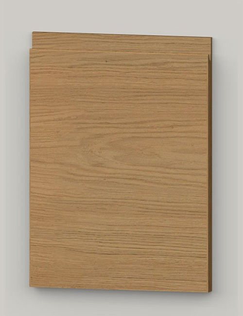 TP21SY horizontal oak veneered door with J pull handle - lacquered k00
