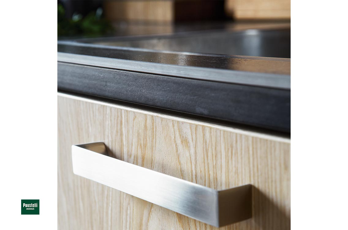 Puustelli Miinus ecological kitchen oiled birch veneer doors detail