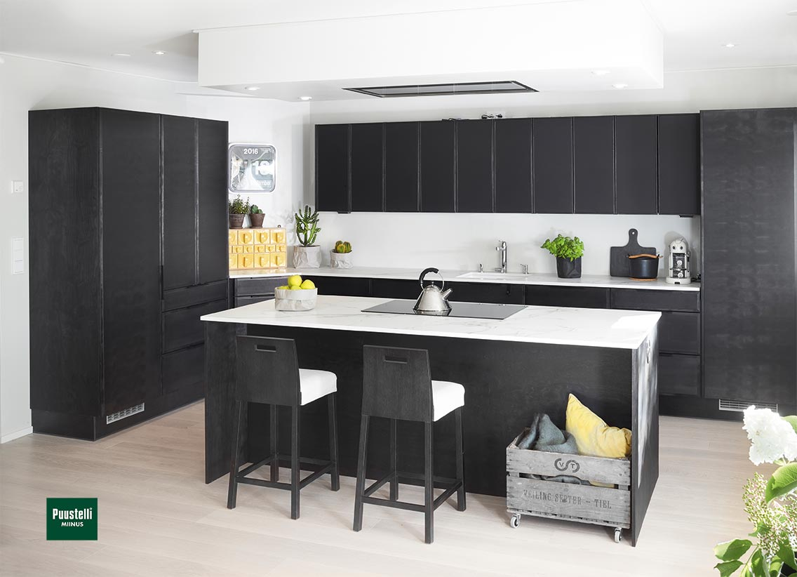Puustelli Miinus ecological stained black kitchen